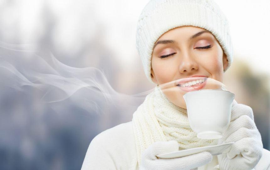 Cách detox cơ thể bằng nước ấm hiệu quả